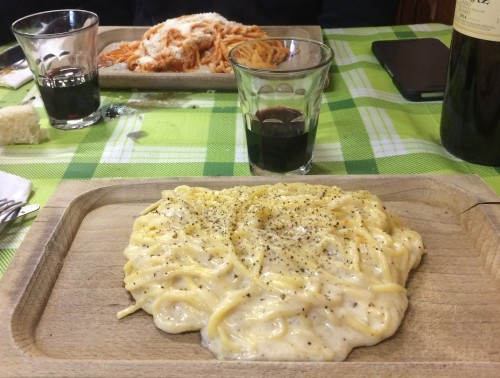gramiccia cacio e pepe betto e mary trattoria romana famelica food blog famelica foodblogger